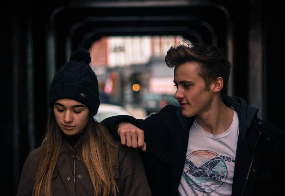 One-sided Love: Can you stop loving someone? Should you give up and move on? 2 - Daily Medicos